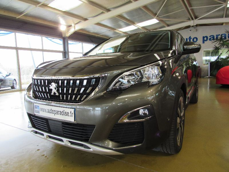 Véhicule d'occasion PEUGEOT 3008 1.6 HDI 120 ALLURE