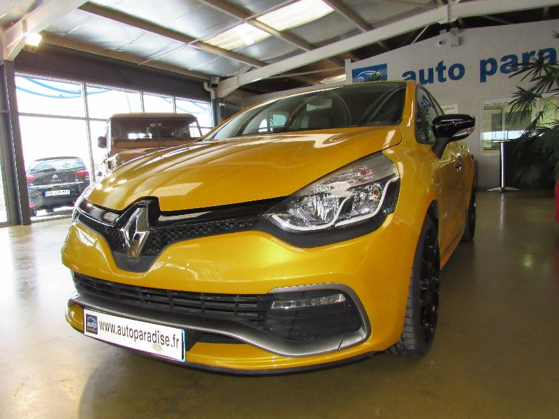 Véhicule d'occasion RENAULT CLIO RS 1.6 200 EDC CUP