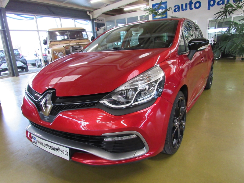 Véhicule d'occasion RENAULT CLIO RS 1.6 T 200 EDC CUP